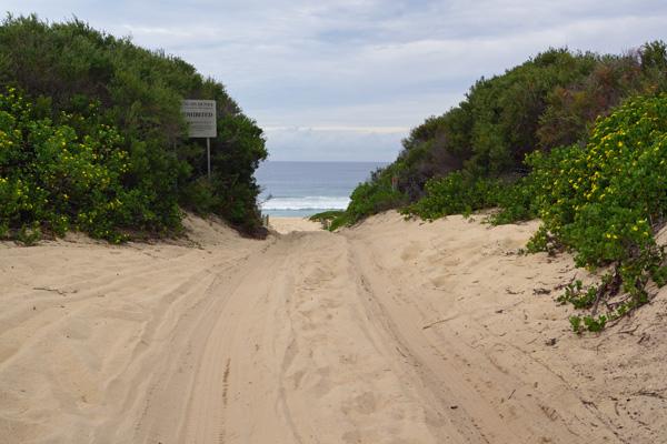 Myall National Park: 4WD beach access
